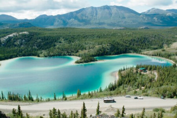 Emerald Lake Yukon ©Government of Yukon