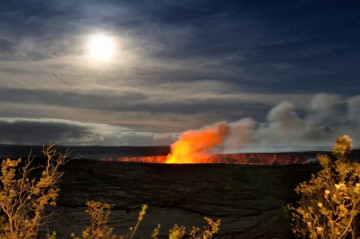 Volcano National Park, Halemaumau Crater ©BIVB by Ethan Tweedie