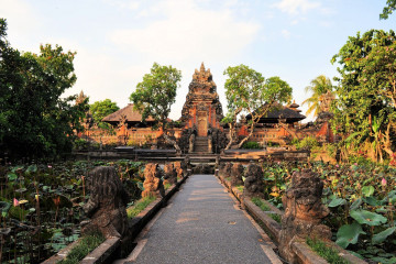 Indonesien Reise: Pura Saraswati Tempel Ubud - Bali