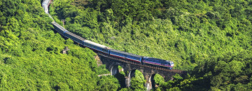 Vietnam Reise: Zug