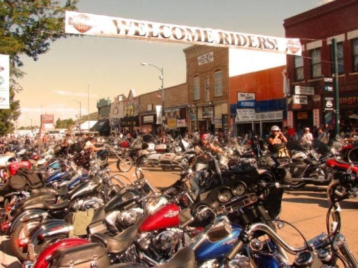 Auto Park Sturgis >> USA Reisen - Rocky Mountains Motorradtour ab/an Rapid City - MESO Reisen