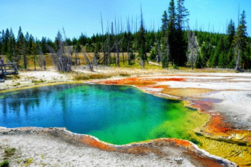 Yellowstone NP, Abyss Pool ©Yellowstone Park Foundation