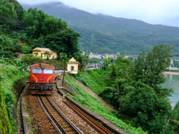 Vietnam Reise - Zug