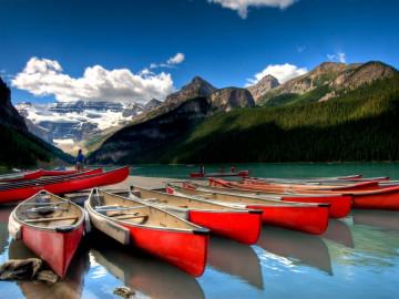 Reise Kanada - Kajaks im Banff Nationalpark