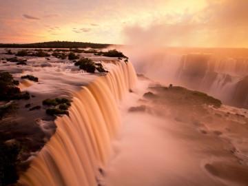 Brasiliens Höhepunkte Iguazu Wasserfälle