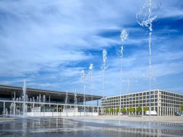 Berliner Flughafen Außenansicht, CC: BER