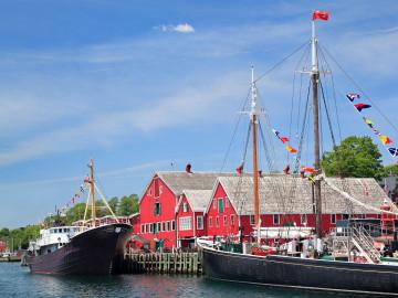 Lunenburg Waterfront: CC: Nova Scotia